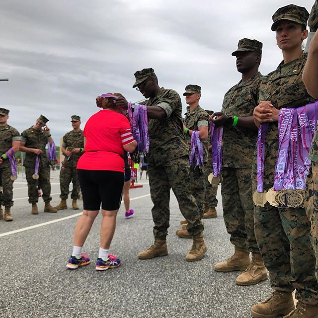 ‪Marines distribute medals st the conclusion of the  in Fredericksburg, VA   ‬