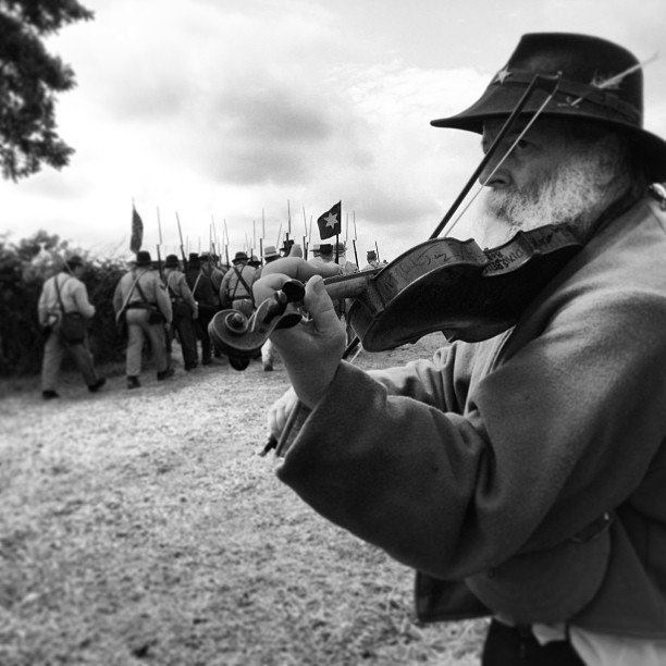 Fiddlin' George plays as the Confederates march to Pickett's Charge. Gettysburg, Pa.